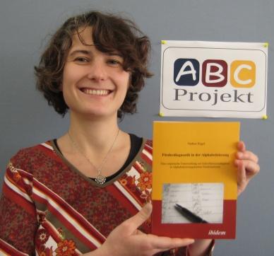 Buchveröffentlichung: Nadine Engel