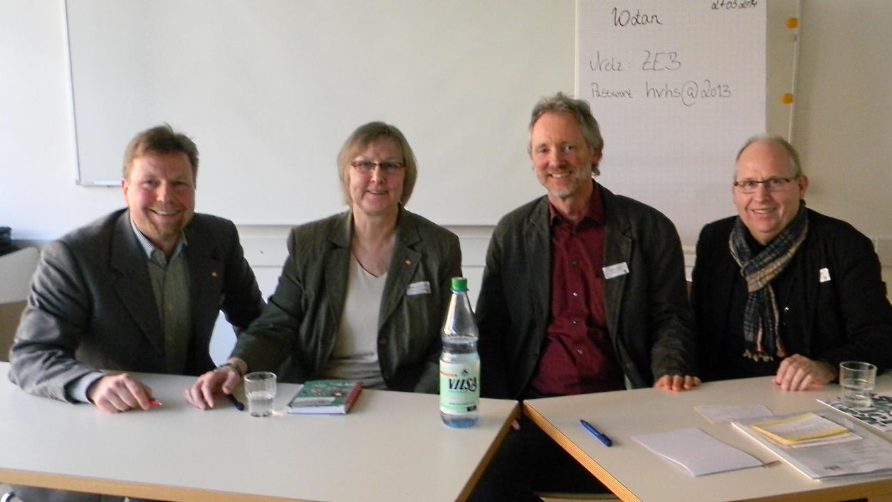 Von li.: Tim-Thilo Fellmer, Brigitte van der Velde, Achim Scholz, Ernst Lorenzen