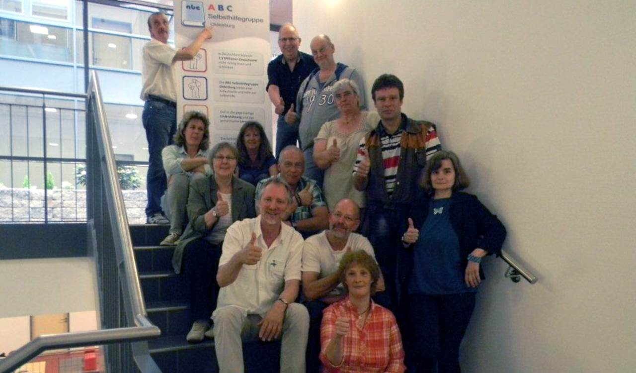 Lernende und ihre Begleiter beim Treffen in Oldenburg