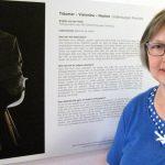 Brigitte van der Velde vor ihrem Ausstellungsexponat | Foto: Achim Scholz
