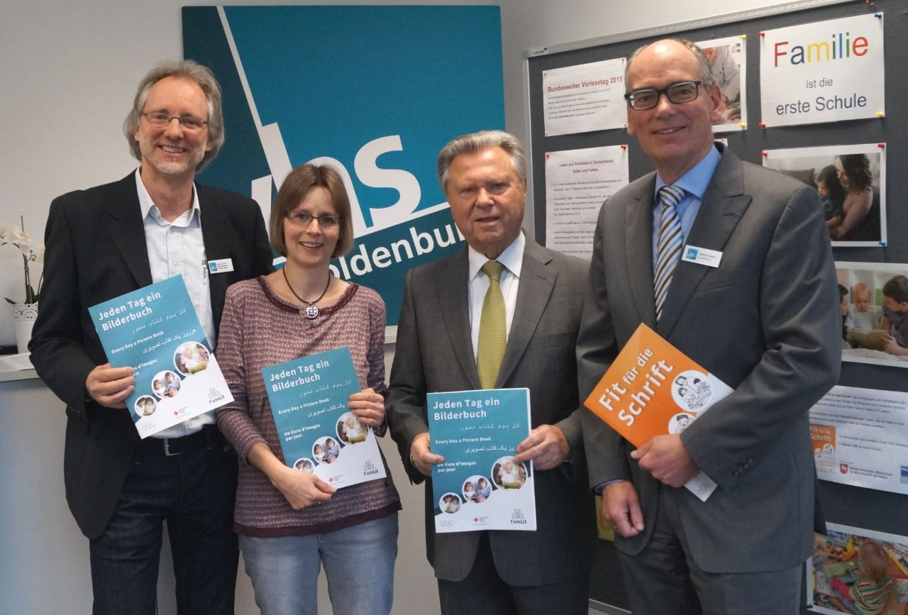 Foto von li.: Achim Scholz, Kathleen Bleßmann, Dieter Holzapfel, Andreas Gögel
