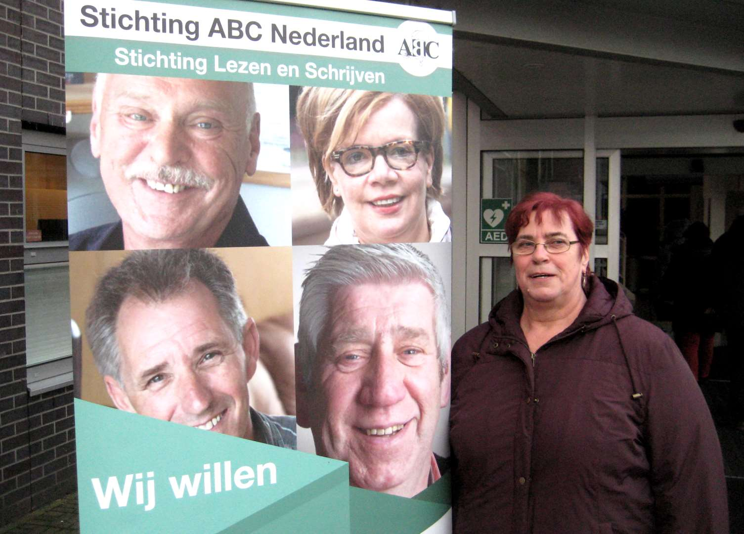 Bärbel Kitzing von der ABC-Selbsthilfegruppe am Eingang zur Fachtagung in Utrecht