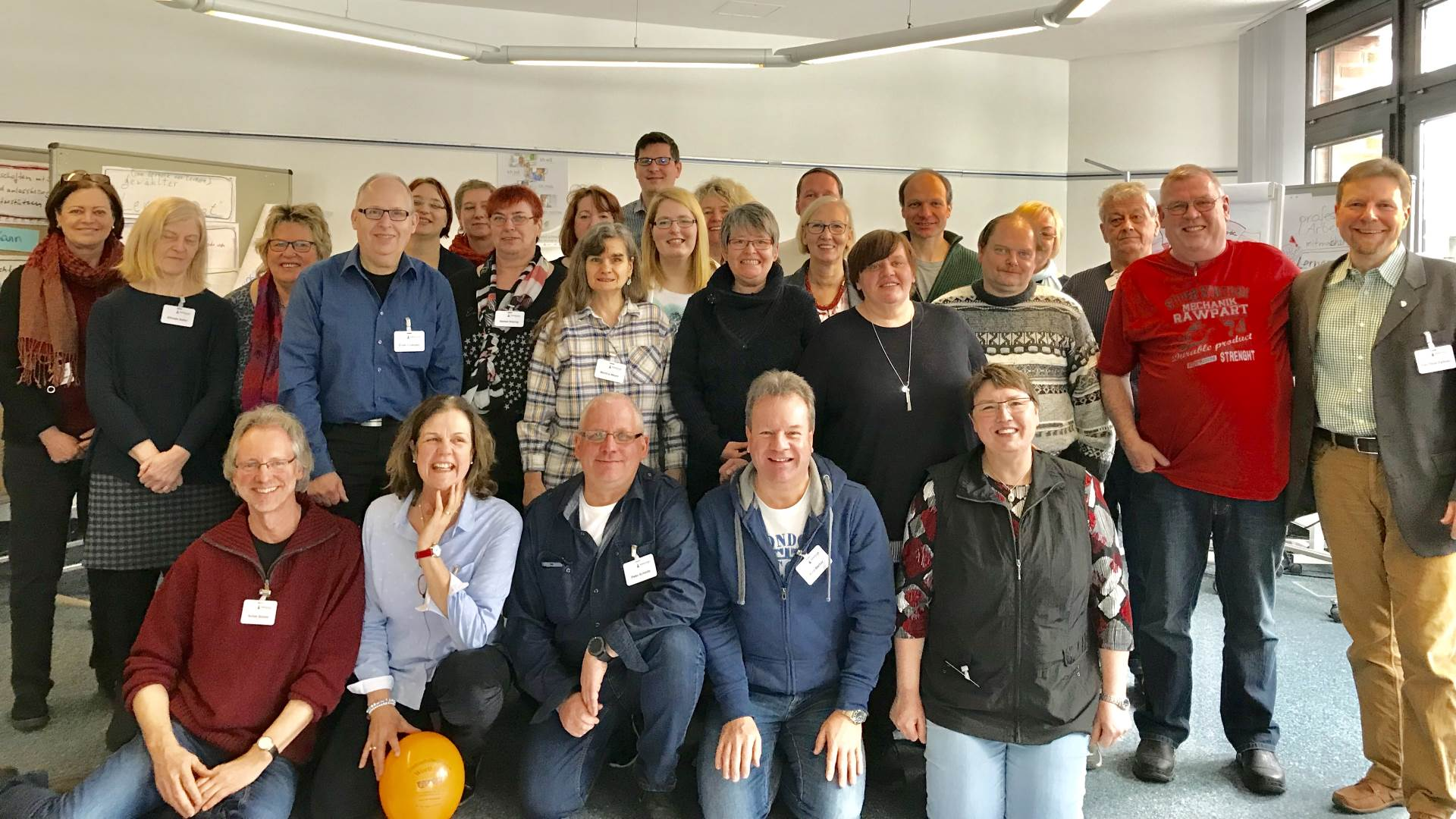 Teilnehmende beim Experten-Workshop zur Alphabetisierung in Bonn | Foto: Timm Helten