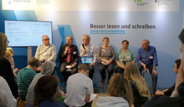 Von li.: Peter Schmitz, Andreas Brinkmann, Achim Scholz, Kerstin Goldenstein, Bärbel Kitzing, Hermann Fickenfrers
