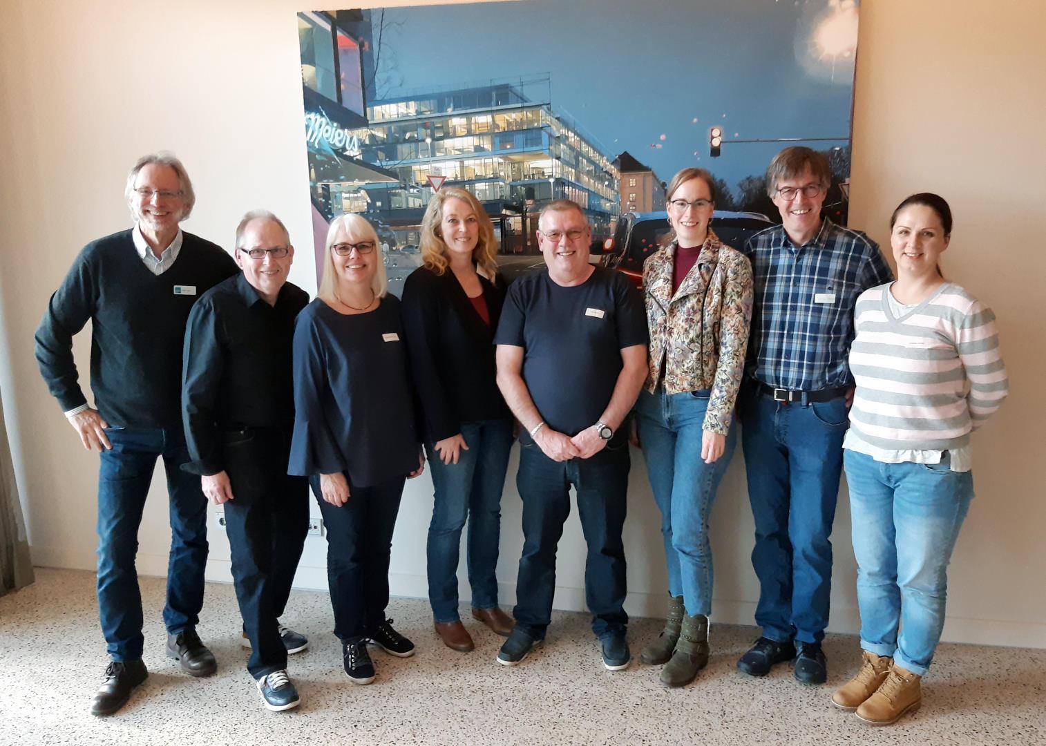 v.li.: Achim Scholz, Ernst Lorenzen, Diana Brandt Olm, Tanja Patzwald, Uwe Boldt, Nora Jacobs, Sascha Nowack, Oksana Janzen